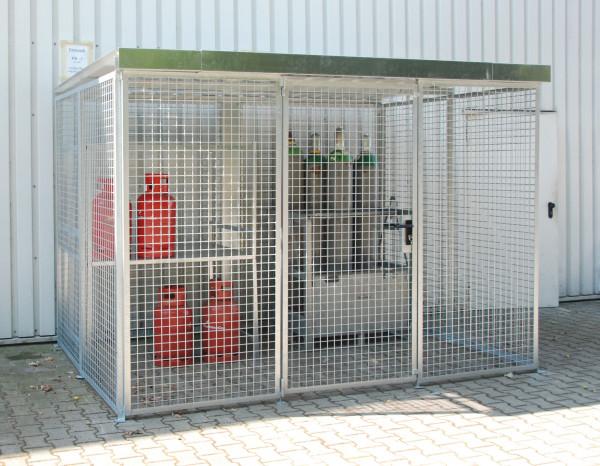 Gasflaschen-Container mit Dach und Flügeltor für max. 104 Gasflaschen Typ GFC-M5/D
